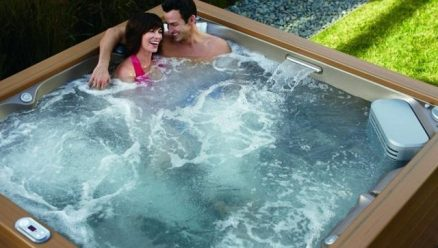 Jacuzzi - Hot Tubs